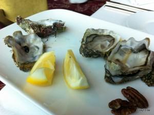 Austern gehören beim Bruchbuffet des Shangri-La Hotels zum Frühstück wie bei uns die Marmelad auf das Brot