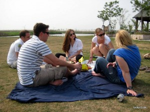 """Geburtstagspicknick im """"Wetland-Park"""" auf Chongming"""